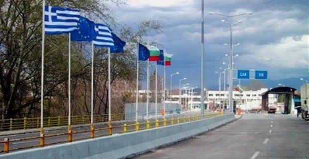 """""""Εμφύλιος"""" """"βορείων"""" και """"νοτίων"""" στο Αιγαίο για ...μια φούχτα Βαλκάνιους τουρίστες"""