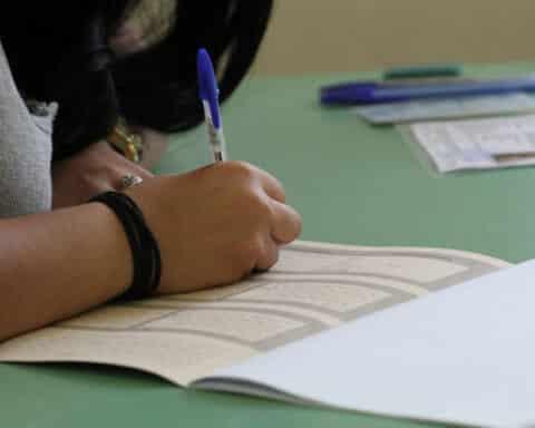 Παράταση προθεσμίας για την υποβολή αίτησης των αποφοίτων για τις Πανελλήνιες εξετάσεις