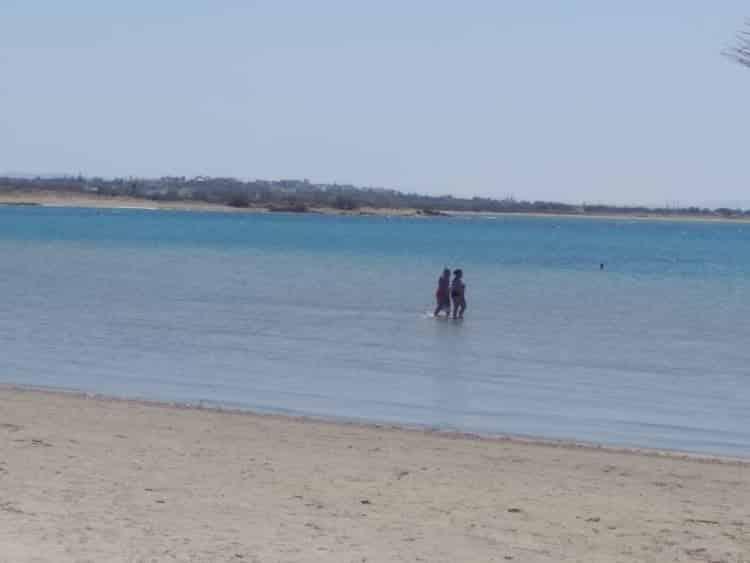 """""""Άρωμα"""" καλοκαιριού αποκτούν οι παραλίες της Νάξου"""