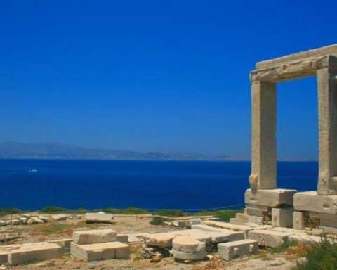 Τουρισμός Daily Telegraph: Κορυφαίο ελληνικό νησί για τους Βρετανούς η Νάξος