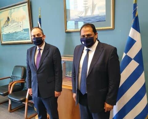 Συνάντηση Καραΐσκου στην Αθήνα με Πλακιωτάκη, Πέτσα για ζητήματα της Αμοργού