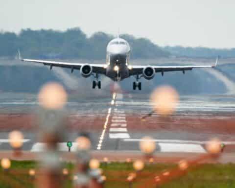 Κορωνοϊός: Και με self test στα νησιά οι ανήλικοι 12-17 ετών – Νέα αεροπορική οδηγία