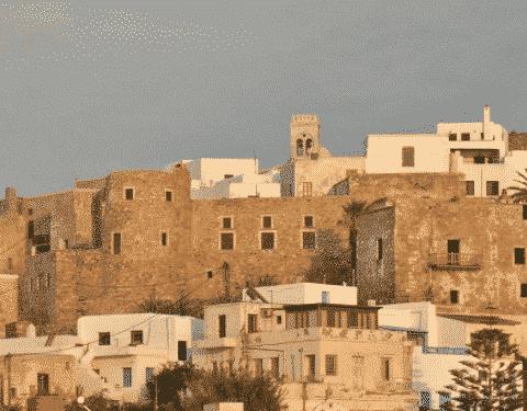 Η υπουργός Πολιτισμού και ΑθλητισμούΛίνα Μενδώνη στην Νάξο, μεθαύριο – Θα επισκεφθεί το υπό υλοποίηση έργο της νησίδας μουσείων στο κάστρο της Χώρας…