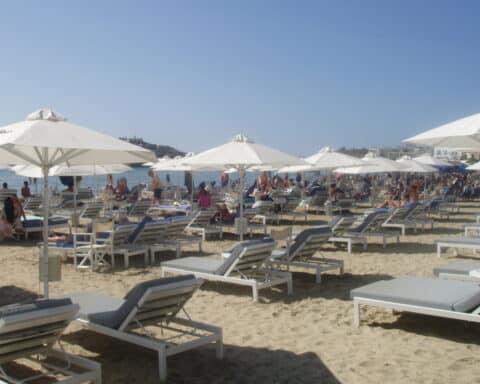 Άι-Γιώργης: Μια παραλία με βαρύ DNA! - Θα δούμε κι άλλα γκολ, μες στην παράταση του εφετινού καλοκαιριού!